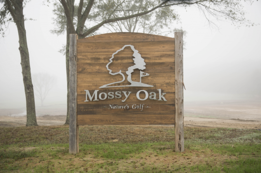 mossy oak golf natures course wooden sign